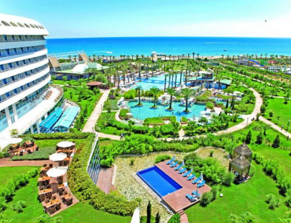 justiniano-deluxe-resort-otzyvy_ (1)