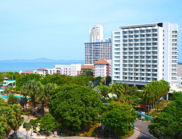 Pattaya Park Beach Resort