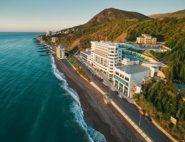 Отель Море (More Spa & Resort) Алушта Крым