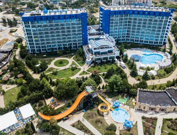 Отель Aquamarine Resort & Spa в Севастополе, Крым